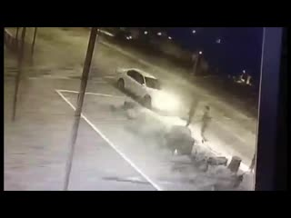 Избиение мужчины на улице в Улан-Удэ