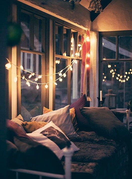 Романтический подоконник в квартире