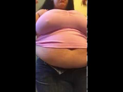 Fat feedee can't fit into her jeans anymore