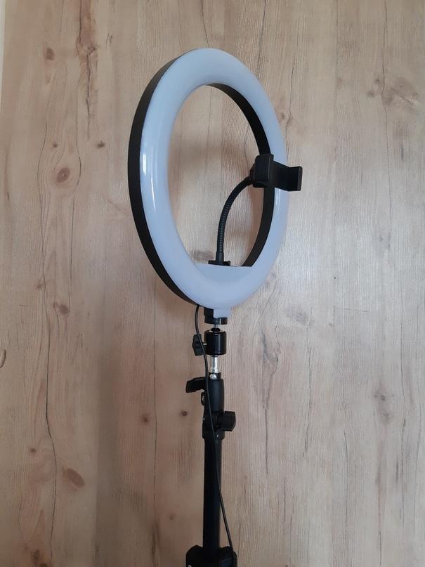 Купить кольцевую LED лампу на штативе! | Объявления Орска и Новотроицка №8859