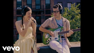 Lorde - Solar Power (Rooftop Performance)