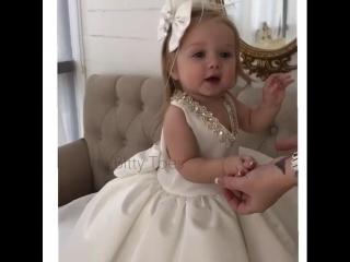 Вы только гляньте на эту принцессу!