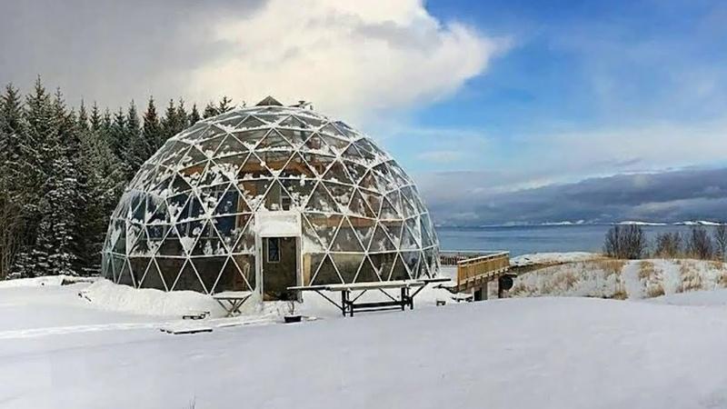Уникальный эксперимент в Якутии. Дом под куполом, в котором живет семья