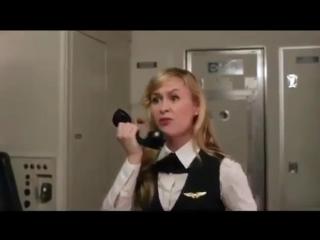 Так вот почему нужно выключать телефон в самолете