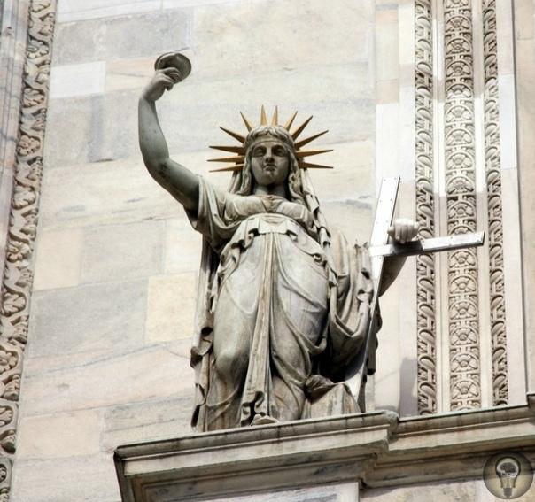 Пламенеющая готика Миланского собора
