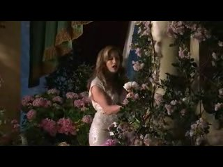 Jennifer Lopez - Behind the scenes for the new magic Macy's Commercial 2010