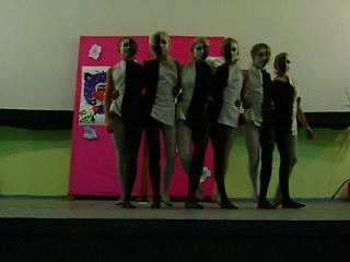 Танец Чёрно Белые ДОЛ Искорка 2013
