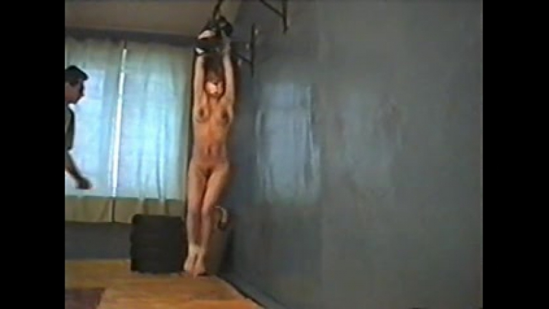 Whipping suspended girl (whipping, masochism, порка, кнут, мазохизм,