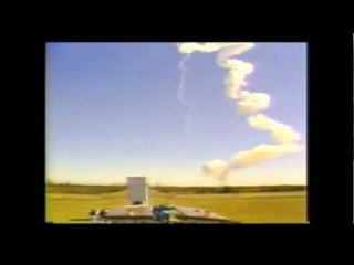 SHUTTLE CHALLENGER DESTROYED by UFO ? (1986 NASA INSIDERS VIDEO)
