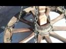 декоративная люстра из колеса