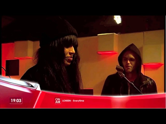 Loreen performing on The Qube