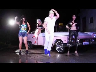 OSMANI GARCIA Ft. PITBULL, SENSATO, DAYAMI LA MUSA - El Taxi (Official Video) Reggaeton Cubaton