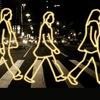 Светоотражатели, дорожные знаки, таблички