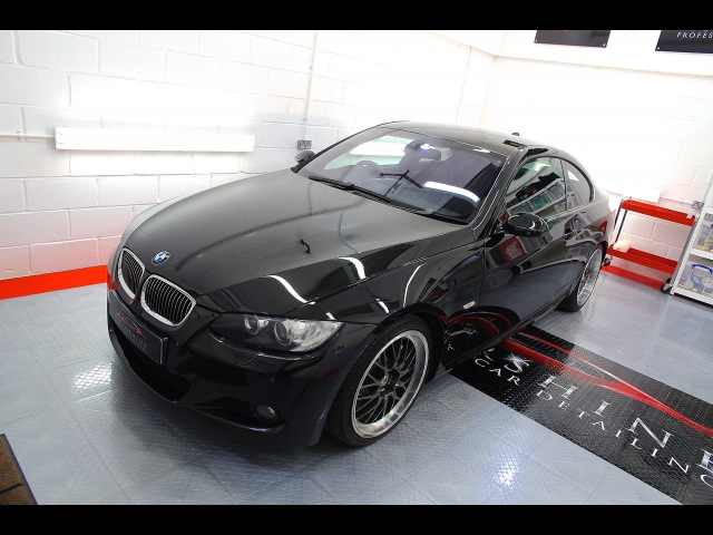Gyeon Mohs Detail on BMW 335I M-SPORT