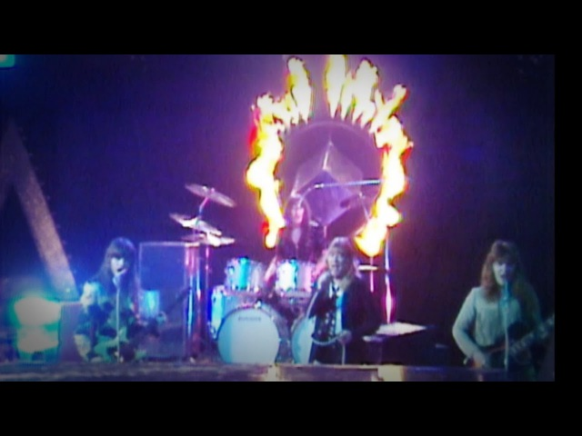 Sweet The Lies In Your Eyes Supersonic 17 01 1976 OFFICIAL