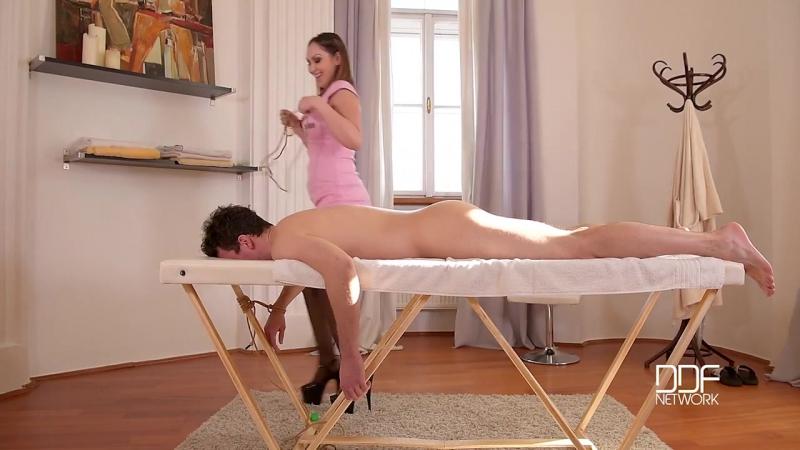 Yasmin Scott - массажистка трахнула клиента (Порно Ass gape, Ass licking, Bondage, Domination, Fetish)