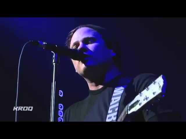 Blink 182 Wishing Well Live On KROQ AAC 2012