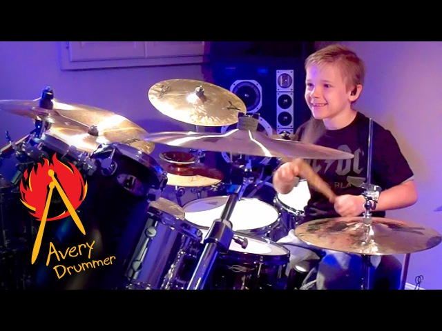 Avery Molek (7 year old drummer) drumming to Shoot To Thrill by AC/DC