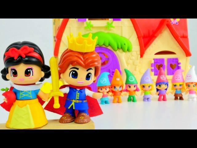 Kızoyuncakları Pinypon Pamuk Prenses ve Yedi cüceler hikayesi ve kukla oyunu. Kız ocuk videosu!