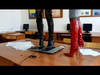 Crush fetish of laptop in high heels boots two young goddess gianmarco lorenzi insta