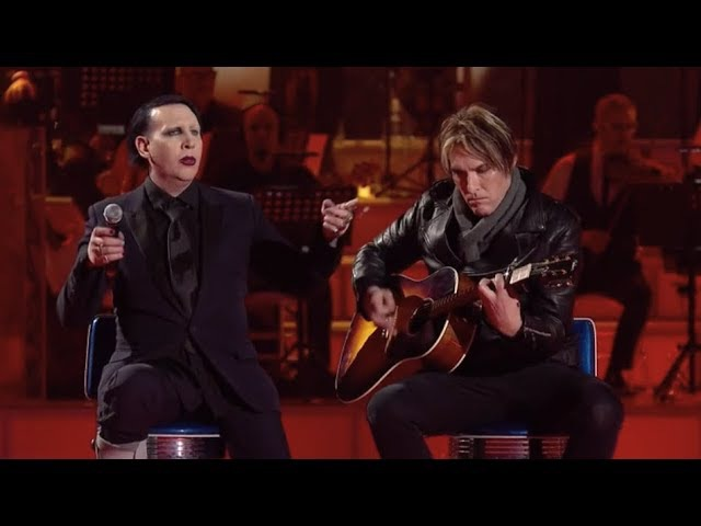Marilyn Manson and Tyler Bates performing Sweet Dreams Acoustic live on italian TV show MUSIC
