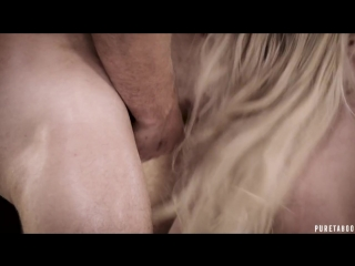Толпа байкеров трахнула миниатюрную блондинку (порно русское зрелых домашнее секс мама гей инцест анал hd жены сын мамки ретро )