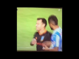 Ross Wallace stealing Huddersfields tactics