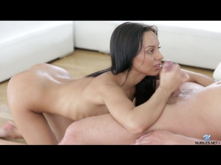 Порно попка русской девочки. нежный секс анал видео hd