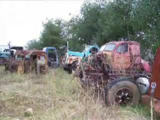Свалка старых грузовиков(Америка)