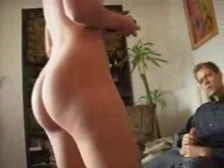 naked homemade gangbang wife