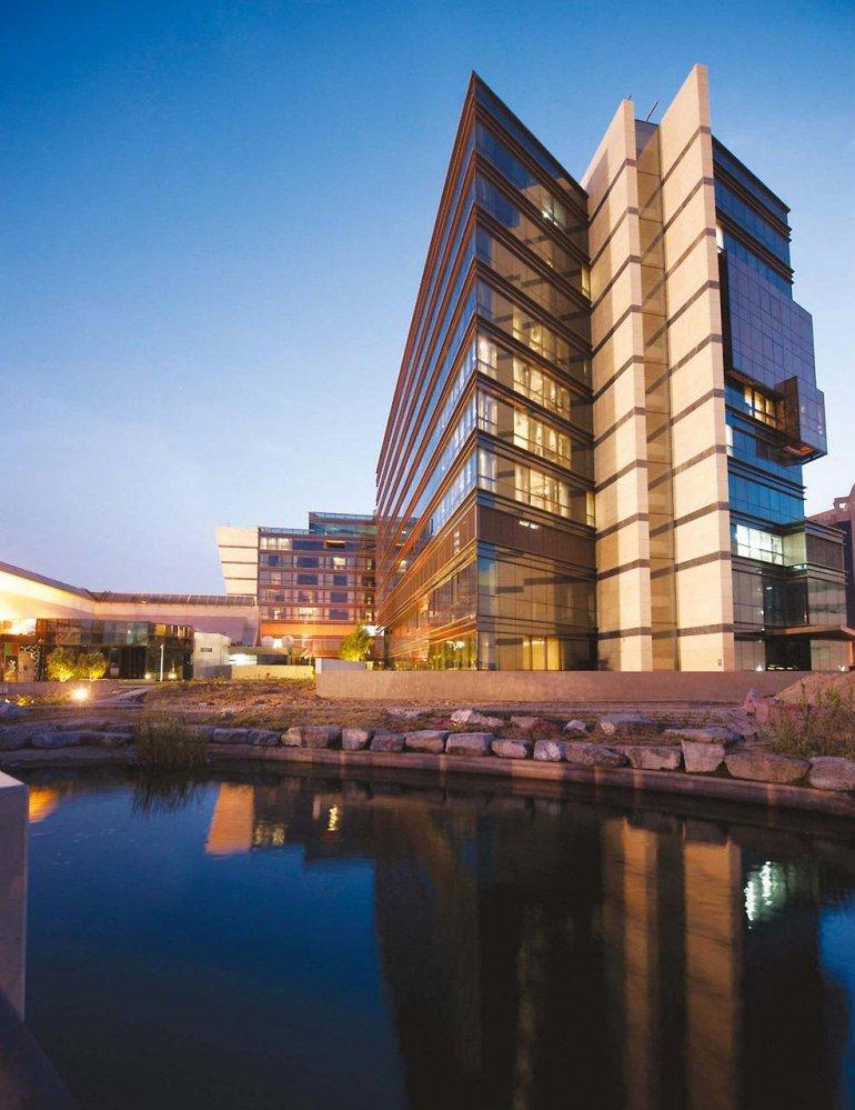 Топ-10 самых дорогих отелей Дубая, изображение №2
