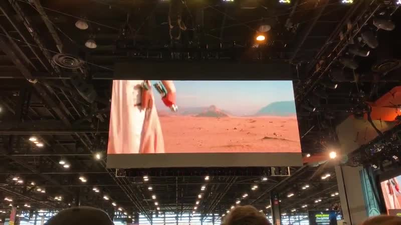 Our full reactions to seeing the EpisodeIX trailer for the FIRST time at the Star Wars Live Show stage SWCC TheRiseofSkywalk