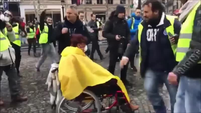Anonymous GiletJaunes YellowVest support and Message to Europe