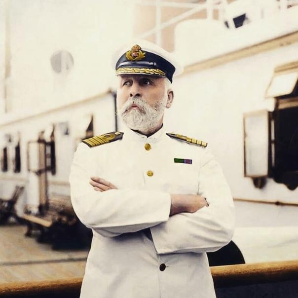 картинки капитана смита вьетнама запретили