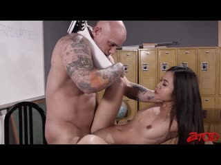 Vina sky - asian schoolgirl takes it from behind [all sex, hardcore, blowjob, gonzo]