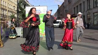 """Цыганские танцы на Невском проспекте под Гоголь Борделло """"Baro Foro"""". Школа танцев """"Экспромт"""""""