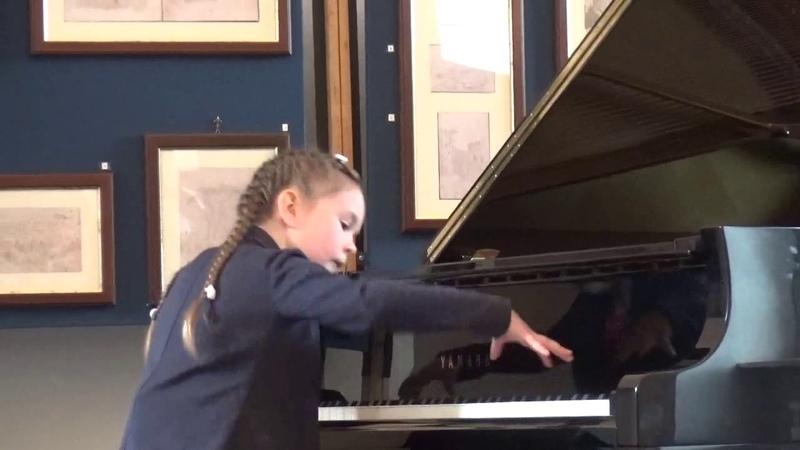 Mezinárodní klavírní soutěž Mozart v Římě, Klára (8)