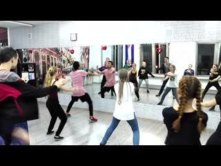 Урок HIP-HOP в Zebra Street Dance (г. Миасс)