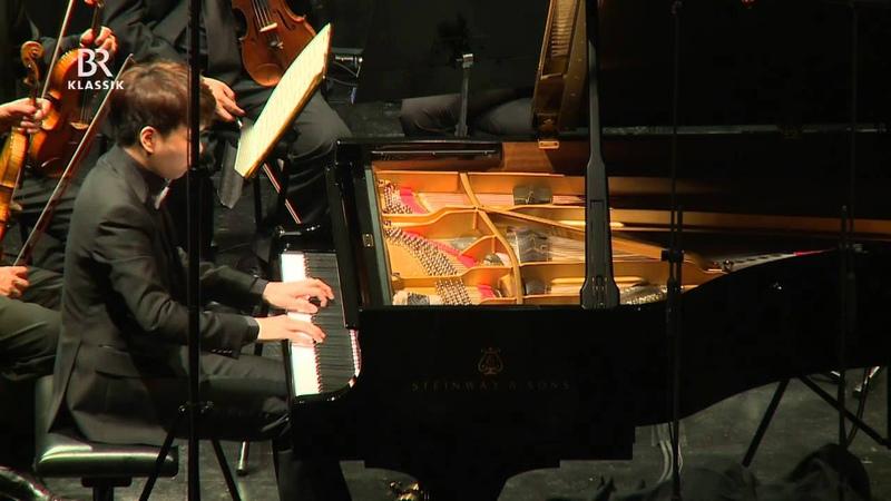 Chi Ho Han Mozart Piano Concerto No 13 in C major k 415 Marc André Hamelin Pavane Variée