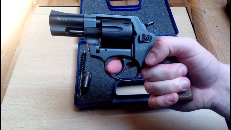 Die Besten Schreckschusswaffen und wovon man die Finger lassen sollte
