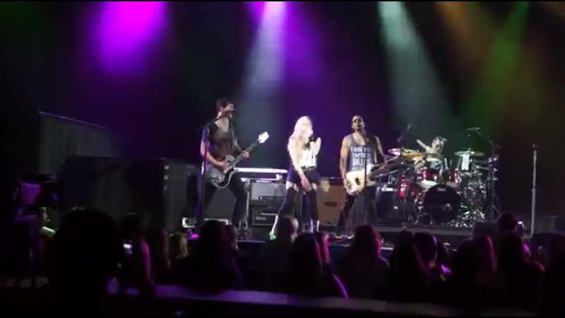 Avril Lavigne Sk8er Boi 5 22 14 WAMU Theatre Seattle WA