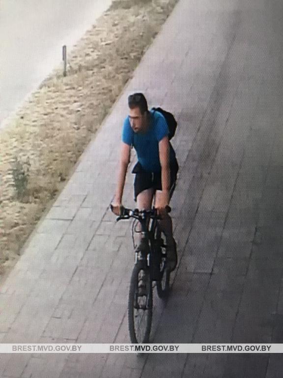 Устанавливается личность мужчины, который катался на велосипеде по ул. Волгоградской