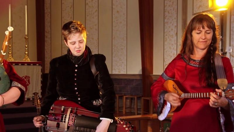 Banquo Folk Ensemble Bon Bon Si L'amour Vous Gène Bransle D'ecosse L'homme Armé