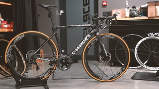 Specialized Roubaix S-Works Team Edition / Shimano Dura-Ace / Roval CLX 50 LTD