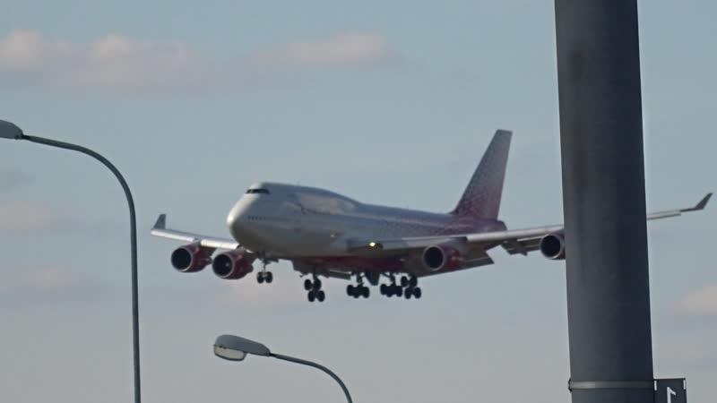 Посадка боинг 747 а к Россия во Внуково