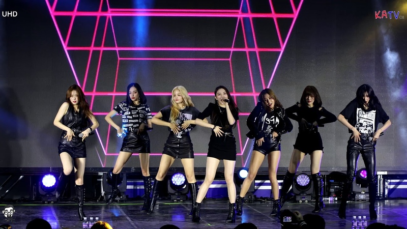 [4K] CLC (씨엘씨) 전체캠 Black dress 코엑스 K-POP 굿즈프리마켓 @191020
