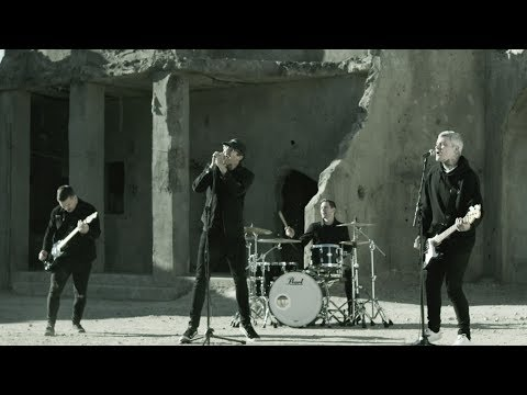 The Amity Affliction Drag The Lake OFFICIAL VIDEO