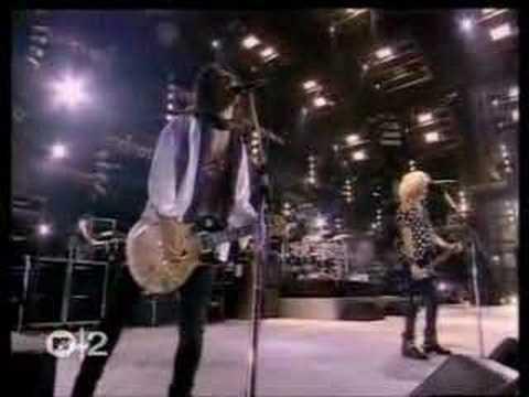 Guns N Roses - Knocking On Heaven's Door (Live Wembley 1992