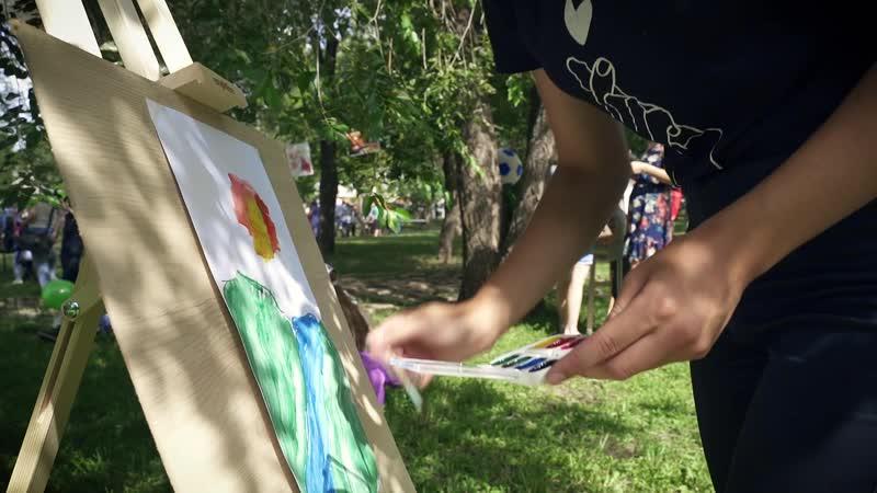 В парке Перовского оренбуржцы отпраздновали День молодежи
