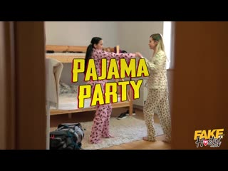 [FakeHostel] Jennifer Mendez, Madison McQueen - Pajama Party